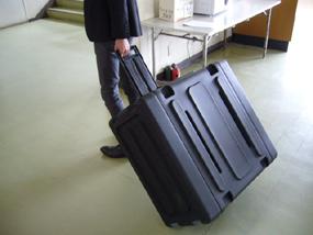 ポータブル音響装置